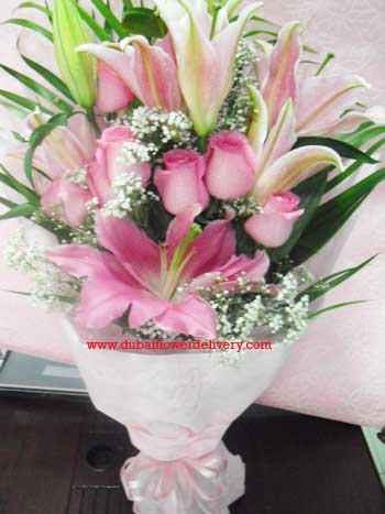 congratulations-pink-bouquet[1].jpg
